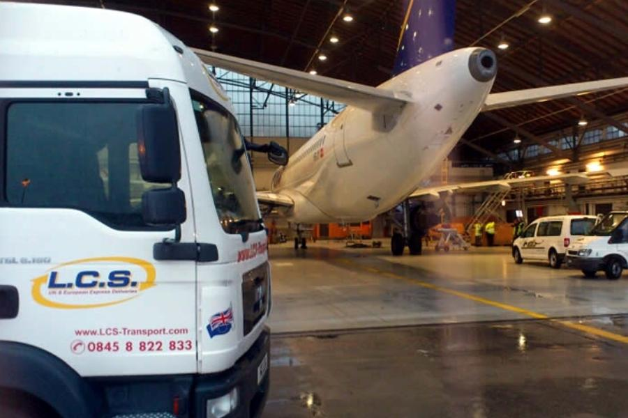 LCS Transport van with aeroplane