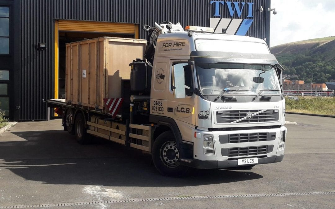 LCS Crane lorry with container
